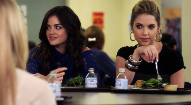 PLL Aria blue sweater 2x18